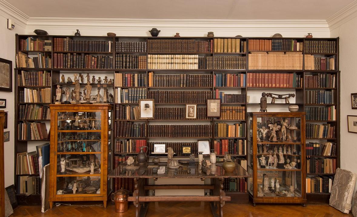 Sigmund Freud's Library