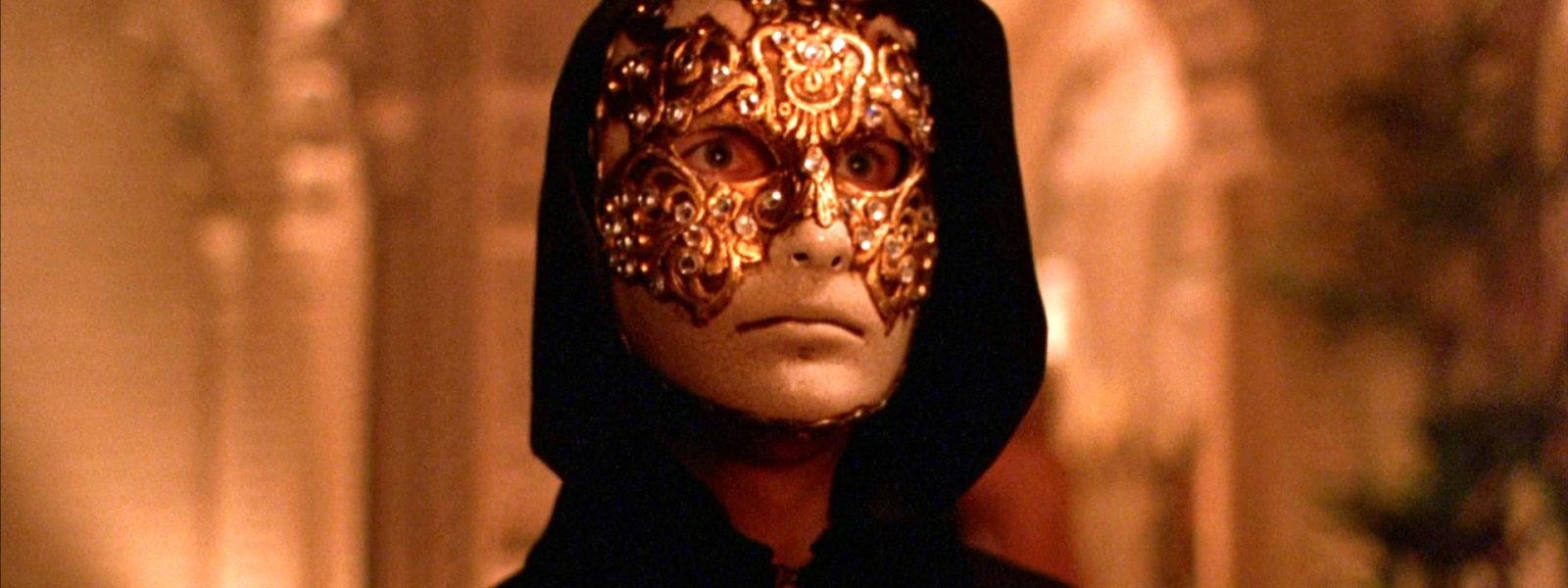 Tom Cruise in mask in Kubrick, Eyes Wide Shut, 1999,
