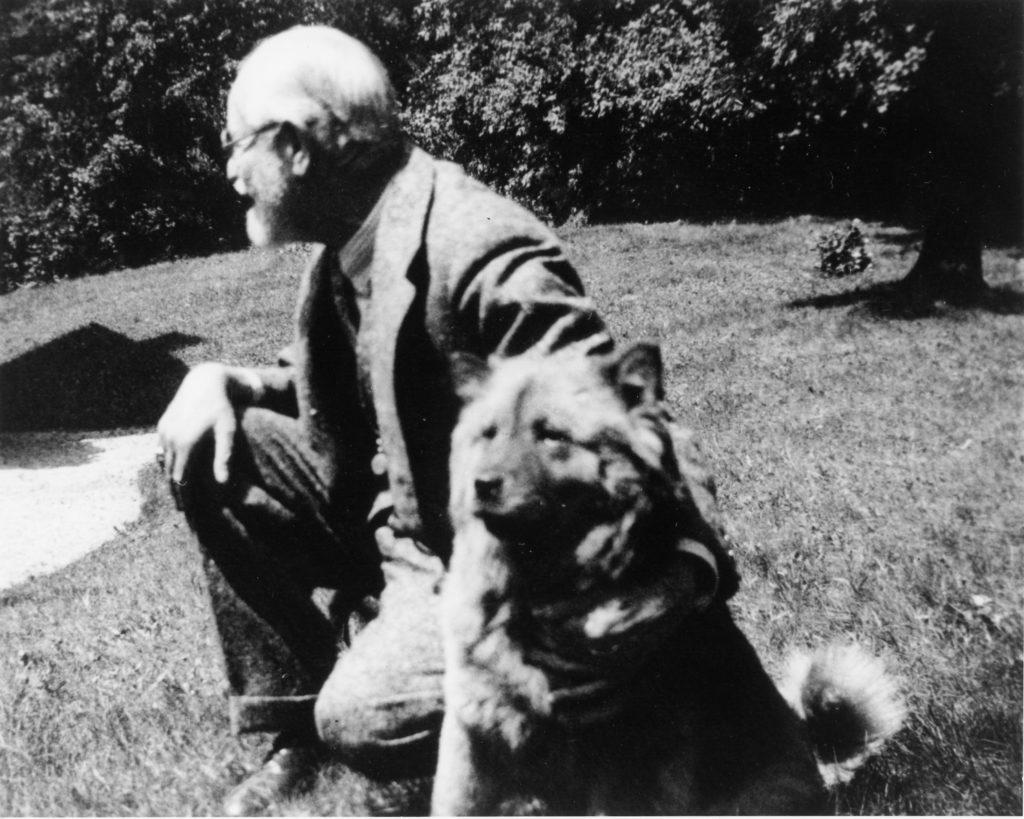 Sigmund Freud with his dog